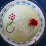 Torte, Mitsommerfeier und Elchfrikadellen