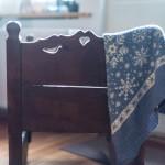 Die letzten Schritte der Snowflakes Babydecke und Neues auf den Nadeln