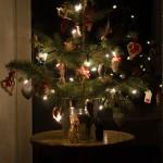 Die schönsten gestrickten Wichtelmützen und unser kleiner Kinderzimmer-Weihnachtsbaum